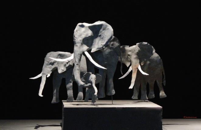 DestelWood Elephant 'mother 2017 details